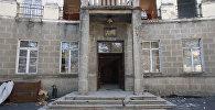 Трактором по Ирыстон: кадры сноса гостиницы