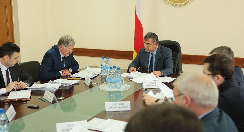 ИзИталии вИспанию: МИД Южной Осетии расширяет географию контактов