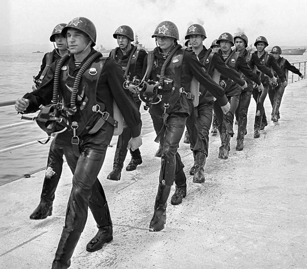Отряд бойцов диверсионно-разведывательных сил ВМФ