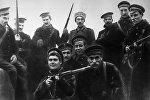 участники штурма Зимнего дворца в Петрограде