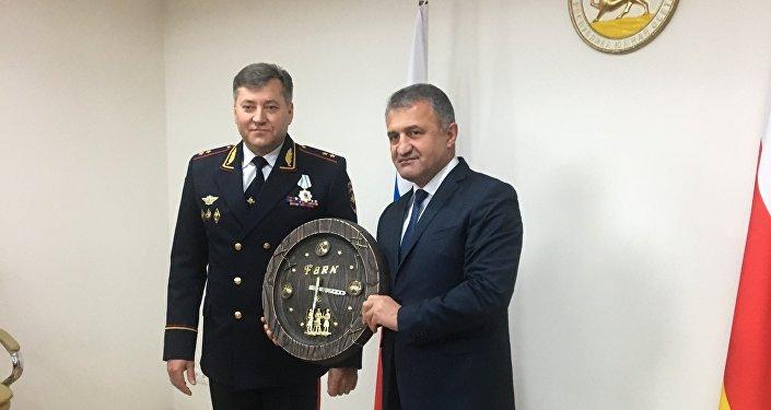 Встреча президента РЮО с главой МВД РСО-Алания