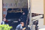 Автомобиль въехал в здание школы в Австралии