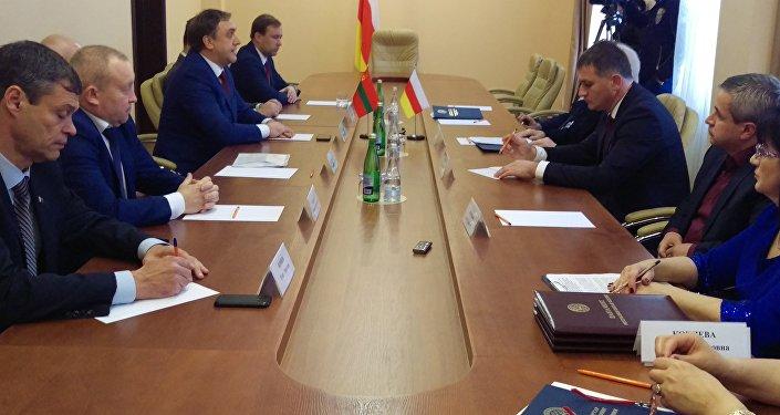 Встреча делегации ПМР с депутатами парламента Южной Осетии