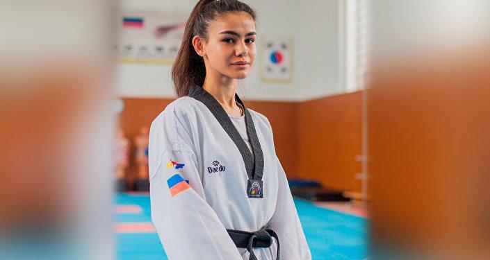 Анисия Челохсаева
