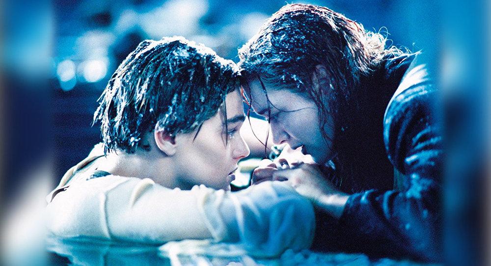 Спустя 20 лет: всеть угодила вырезанная сцена изкультового фильма «Титани ...