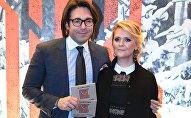 Телеведущий Андрей Малахов с супругой, издателем российской версии журнала ELLE Натальей Шкулевой, архивное фото