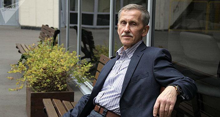 Академик Владимир Оленченко