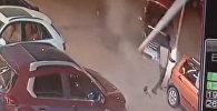 Китаец избежал смерти дважды за десять секунд