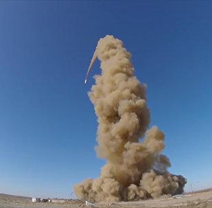 Испытание модернизированной ракеты системы противоракетной обороны ВКС РФ в Казахстане