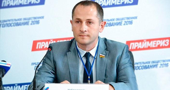 Геннадий Бекоев