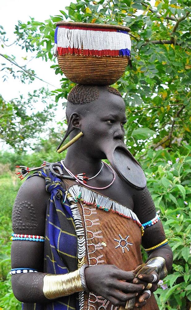 Эталон женской красоты в Эфиопии