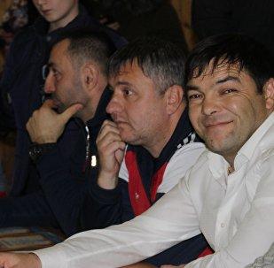 Республикон сывӕллӕтты боксы скъолайы директор Кокойты Мурӕт