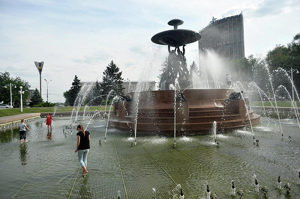 Театральная площадь в г. Ростов-на-Дону