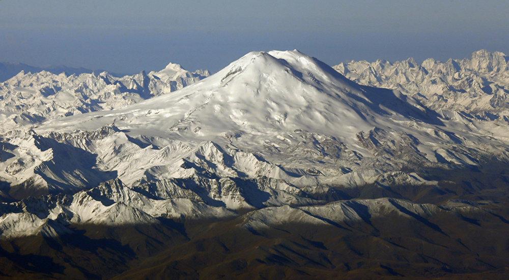 Эльбрус — стратовулкан на Кавказе
