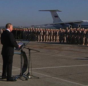 Приказываю: приступить к выводу российской группировки войск в пункты их постоянной дислакации