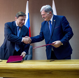 Подписание договора на заседании межправ комиссии