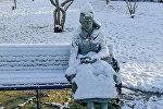 Британка вызвала скорую статуе, приняв ее за замерзшую девушку