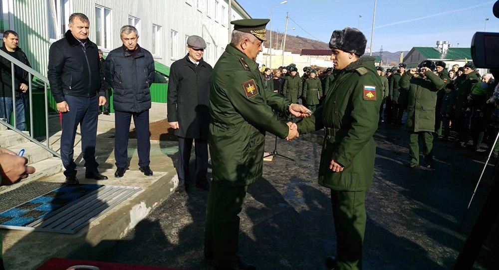 Военнослужащие российской военной базы в Южной Осетии и их семьи получили новое жилье