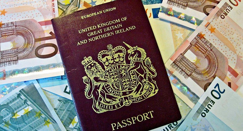 ВСоединенном Королевстве после брексита изменят цвет паспортов