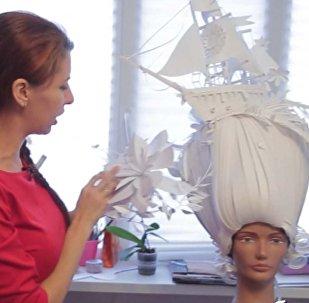 Бумажный шик: художница и дизайнер из Петербурга создаёт костюмы из бумаги