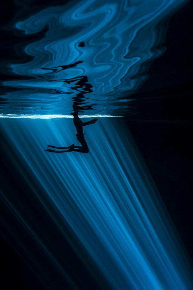Снимок голландского фотографа Wendy Timmermans, победивший в номинации Primary colours (Single Image Category)
