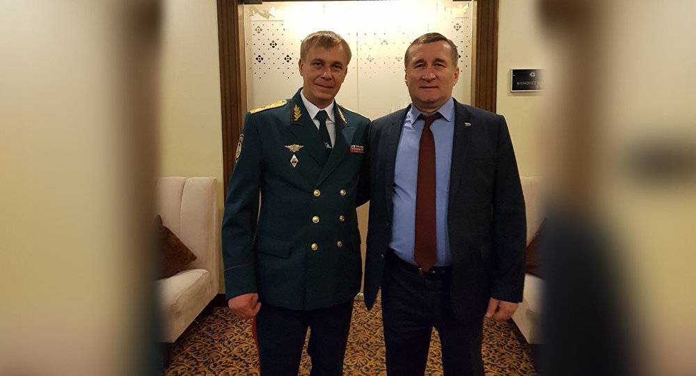 Глава МЧС Южной Осетии с коллегой из ДНР