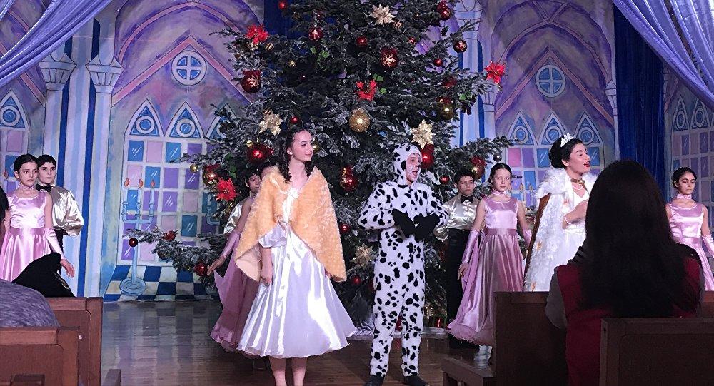 Новогодняя елка во Дворце детского творчества