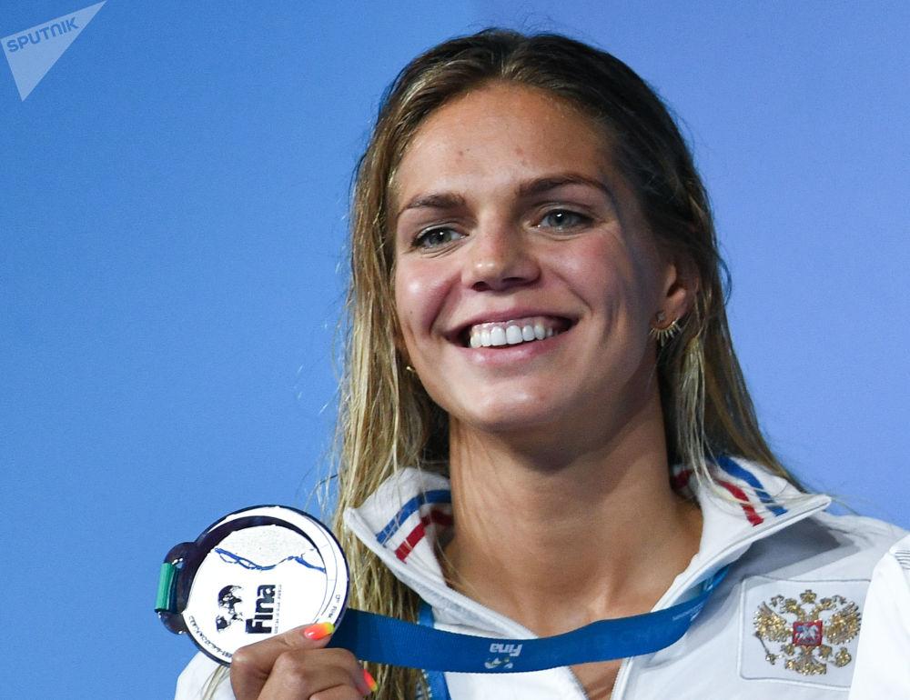 Лучезарная Юлия Ефимова настоящая звезда мирового плавания.