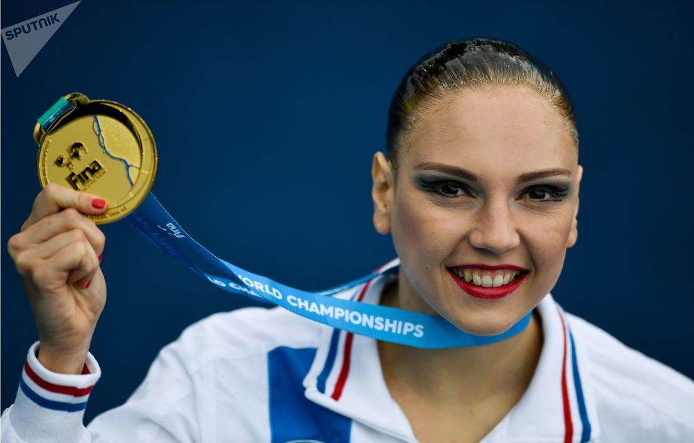 Светлана Колесниченко, завоевавшая золотую медаль в соревнованиях по синхронному плаванию