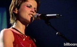 Архивные кадры с выступлений Долорес О'Риордан