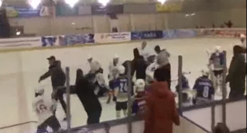 Нахоккейном турнире воВладикавказе произошла массовая драка