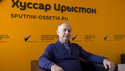Эдуард Хугаев