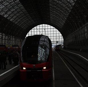 Запуск первого двухэтажного поезда Аэроэкспресс на Киевском вокзале