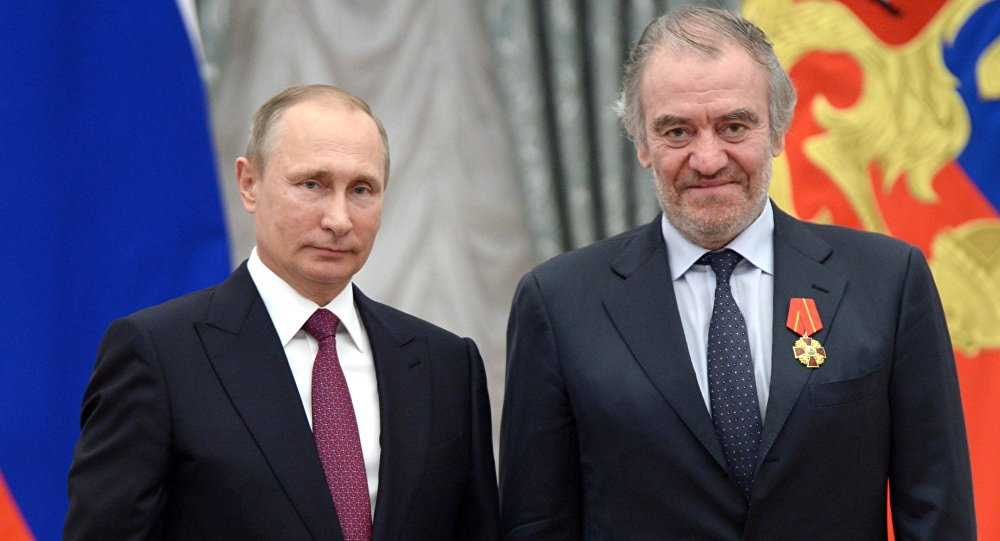 Избирательный штаб В. Путина сообщил вторую часть писка его доверенных лиц вЦИК