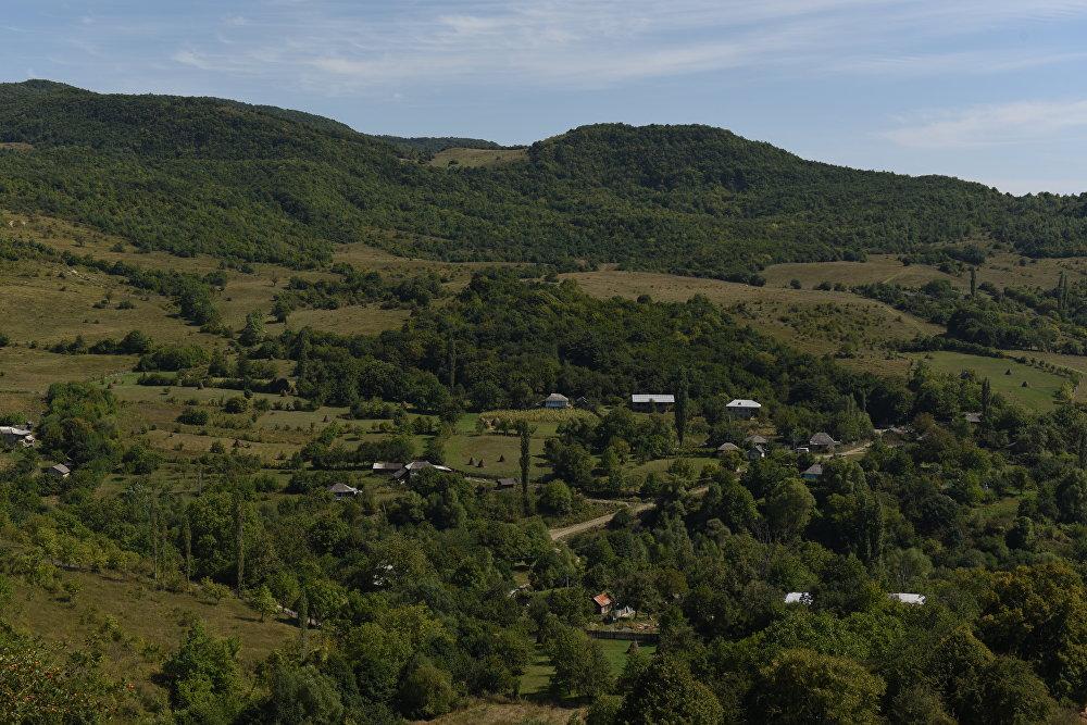 Вид на село Корнис Знаурского района