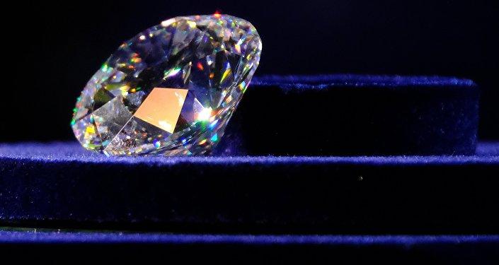 Закрытый показ уникальной коллекции бриллиантов в Москве
