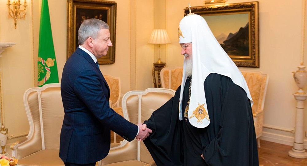 Патриарх отказался отподарков нагодовщину интронизации