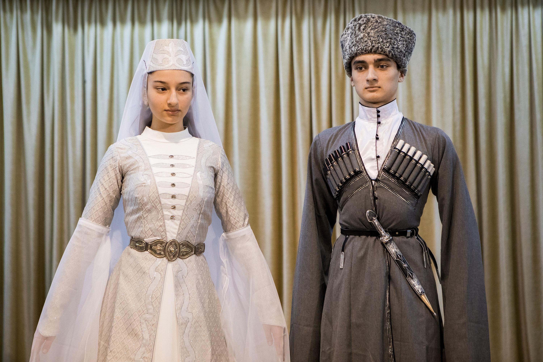 Национальная одежда для гимназии Альбион