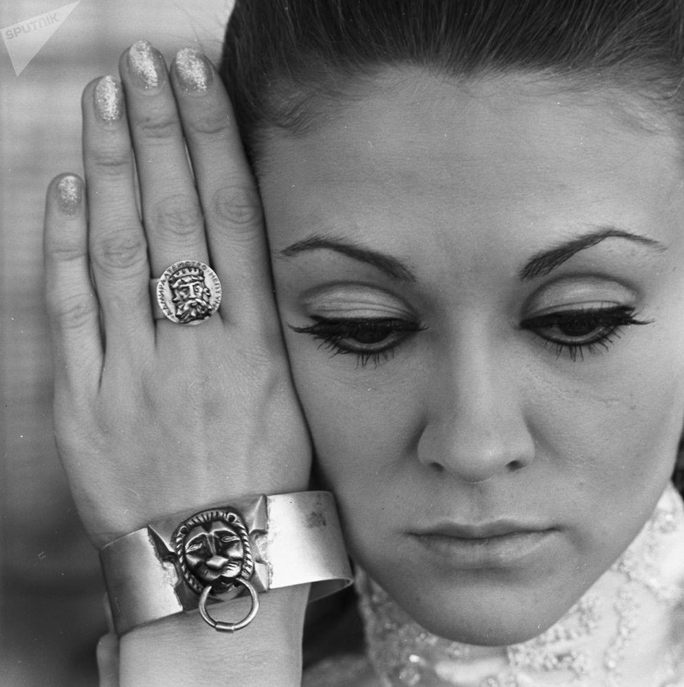 Женские ювелирные украшения из серебра,1969 год