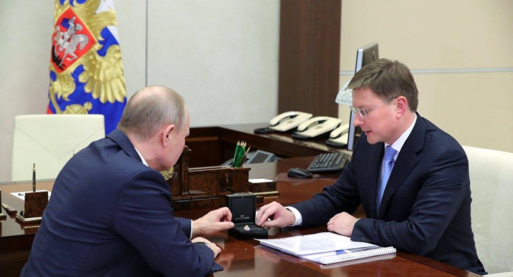 Президент РФ В. Путин встретился с главой компании АЛРОСА С. Ивановым