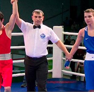 Борис Карибян - победитель юниорского первенства России по боксу