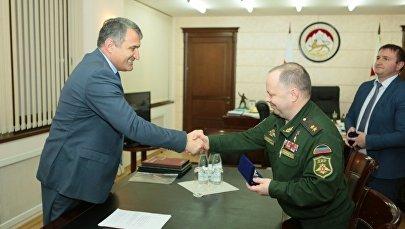 Встреча президента РЮО с делегацией из ДНР