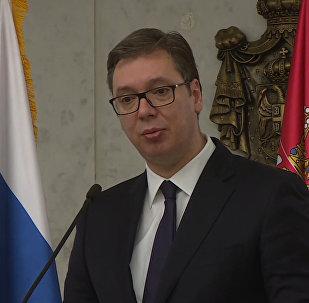 Президент Сербии передал письмо семье погибшего в Сирии майора Филипова