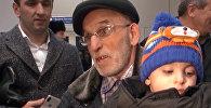 Найденного в Ираке мальчика передали родным в аэропорту Грозного