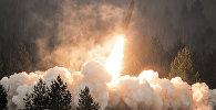 Пуск ракеты на полигоне Луга в Ленинградской области