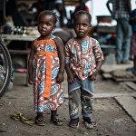 Снимок The twins of Koumassi армянского фотографа Ануш Бабаджанян из категории Professional competition, Portraiture вошедший в шортлист фотоконкурса 2018 Sony World Photography Awards