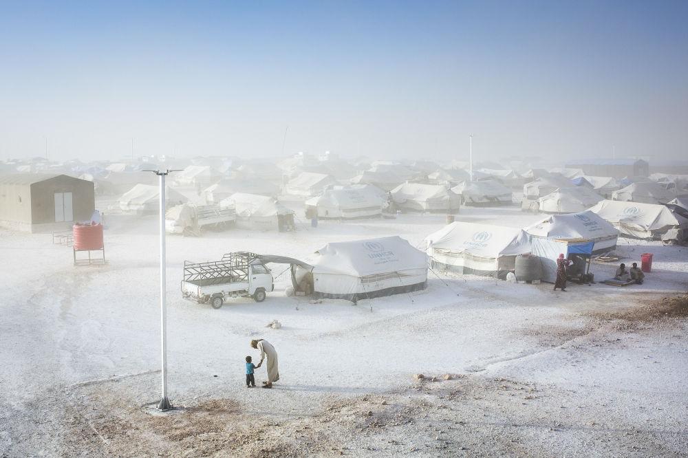 Снимок из серии Retaking Raqqa турецкого фотографа Uygar Onder Simsek из категории Current Affairs & News (Professional), вошедший в шортлист фотоконкурса 2018 Sony World Photography Awards