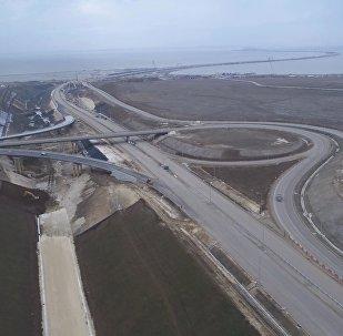 Автотрассы и железные дороги, ведущие к Крымскому мосту