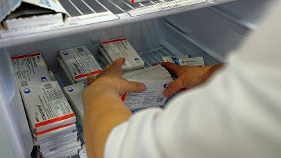 Упаковки с вакциной против гриппа