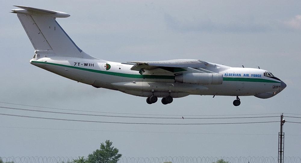 СМИ уточнили число погибших при крушении самолета в Алжире